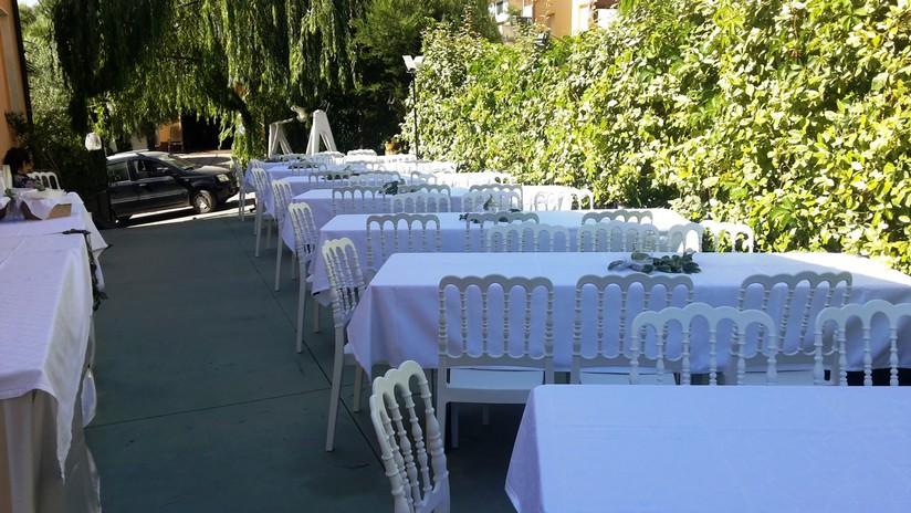 Noleggio Tavoli E Sedie In Plastica.Noleggio Affitto Tavoli E Sedie Lazio Abruzzo Marche Umbria